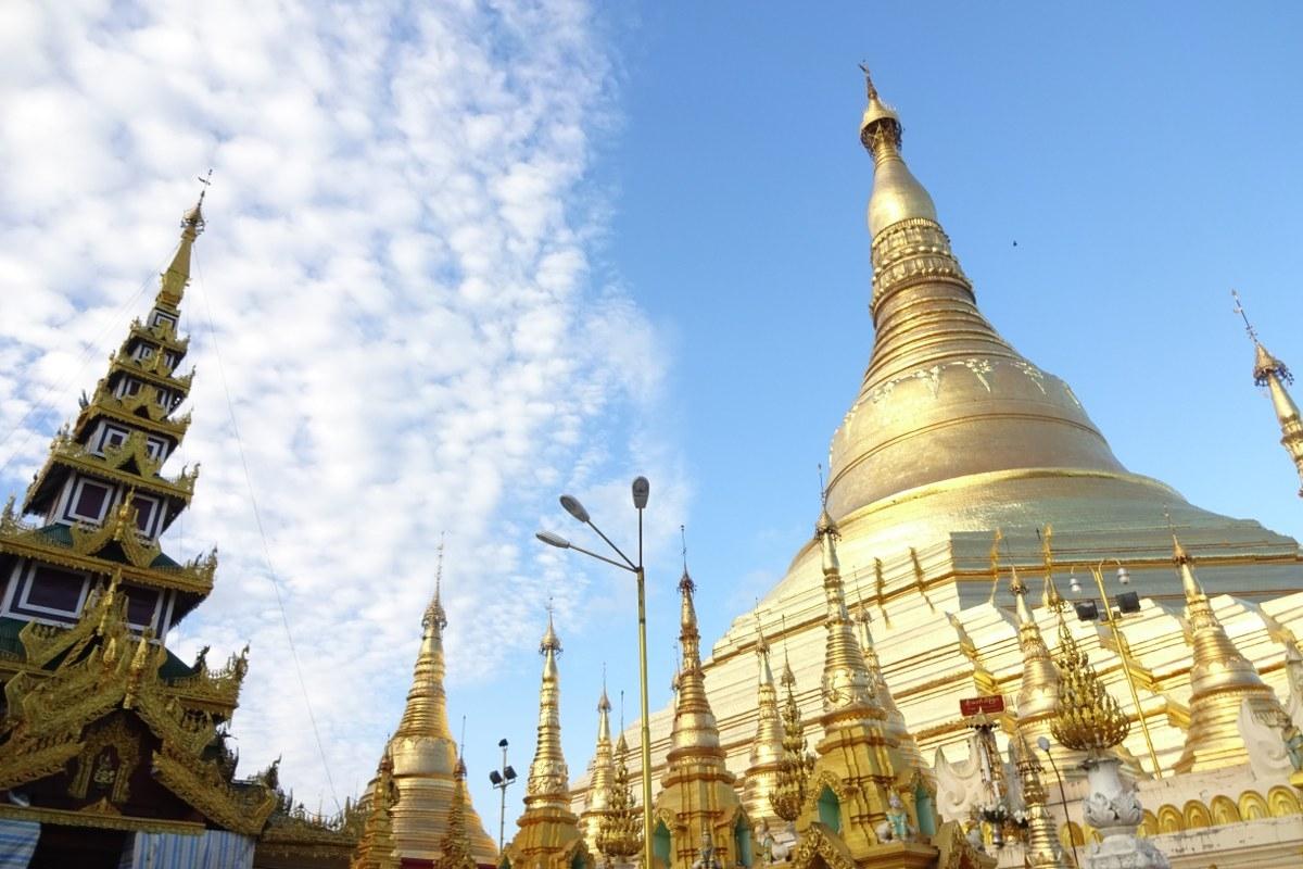 Cinta Bersemi di Rangoon