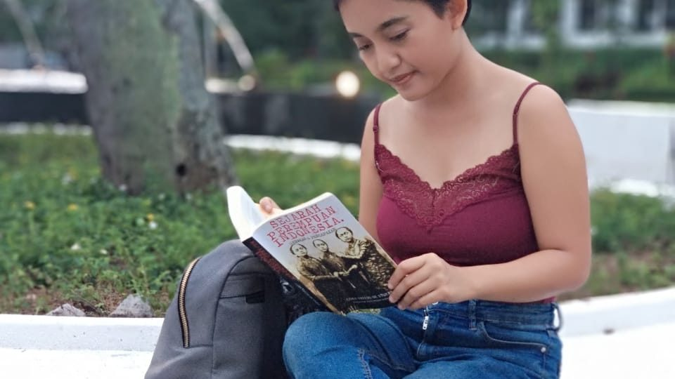 Perempuan Indonesia itu Melawan, Ulasan Buku Sejarah Perempuan Indonesia